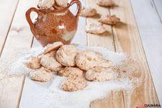 Prontas em apenas 30 minutos, prepare um miminho! :D Veja a receita de clarinhas de coco aqui: http://www.teleculinaria.pt/receitas/clarinhas-de-coco/