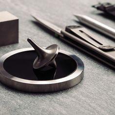 Titanium Spinning Top + Spinning Base