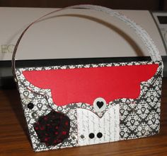 Purse created by  PINQUTTE Janet using Pinque Peacock Disney Themed Splendid Swirl Flower.