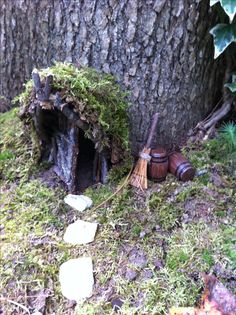 She left the door open. I hope shes coming back Best Picture For fairy garden ideas wheelbarrow Fo Fairy Tree Houses, Fairy Garden Houses, Gnome Garden, Garden Art, Fairy Garden Doors, Fairy Doors On Trees, Diy Fairy Door, Fairy Furniture, Woodland Fairy