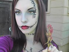 Halloween video tutorial: SALLY nightmare before christmas makeup Maquillage Halloween Simple, Maquillaje Halloween, Sally Nightmare Before Christmas, Holidays Halloween, Halloween Fun, Halloween Outfits, Sally Makeup, Stitches Makeup, Creepy Halloween Makeup