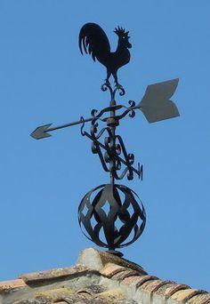 Las Veletas de Granada Chimney Cap, Lightning Rod, Seth Godin, Weather Vanes, Metal Furniture, Granada, Sculptures, Iron, Ceiling Lights