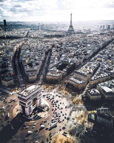 """8,476 kedvelés, 54 hozzászólás – Vouge Fan Account (@vouge_official) Instagram-hozzászólása: """"Beautiful Paris ❤️✨ @fashionactive Pic: @sebastianmzh——————————————————————— #cute #inspo…"""""""