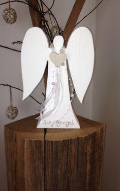 Dekoration - Schutzengel aus Holz zur Taufe, Geburt,Kommunion - ein Designerstück von raumtraum-1 bei DaWanda