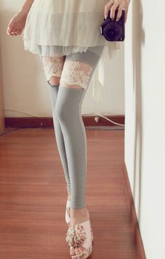 grey leggins I hate leggings but these are actually cute.