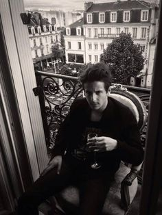 nekfeu Men Coffee, Bae, Entourage, Kaneki, Pose Reference, Adventure Travel, Crushes, Handsome, In This Moment