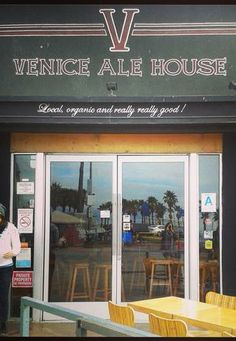 Go ahead, have a craft beer on the Venice Boardwalk while the sun sets. Venice Ale House is the perfect spot in which to do so!