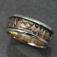8mm MOUNTAIN LANDSCAPE WEDDING band in 2-Tone Gold, 14k