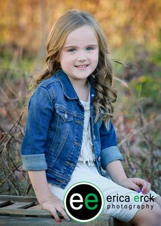 Erica Erck is a Northwest Arkansas, Fayetteville based, baby, children and family portrait photographer. Children And Family, Outdoor Photography, Family Portraits, Portrait Photographers, Vest, Denim, Fashion, Moda, Fasion