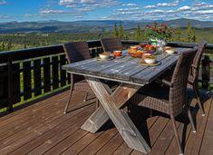 Roger's Hytteside - Den ferdige hytta Outdoor Furniture, Outdoor Decor, Den, New Homes, Merry, Cottage, House Design, Cabin, Home Decor