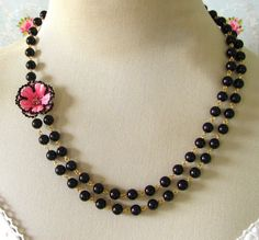 necklace style idea....put a fabric flower on it.