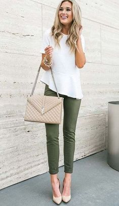 26 Women Casual Outfits Will Make You Look Stylish In Summer - Work Outfits Women Spring Outfits Women, Fall Outfits For Work, Casual Work Outfits, Work Attire, Work Casual, Office Outfits, Outfit Work, Stylish Outfits, Office Attire