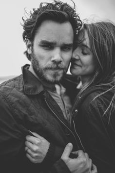 Gals, what do you think are the pros of dating a guy with a beard? It is a masculine and sexy look and Shows the ability to commit, having a beard is a long term commitment! What are your pros of dating a bearded man? Stop Looking For Love, Yeast Infection Men, Wedding Etiquette, Strong Relationship, Relationships, Relationship Advice, Toxic People, Love Spells, Boyfriends