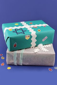 These printable Nick Jr. Hanukkah stickers really add a little extra pizzazz to holiday gifts!