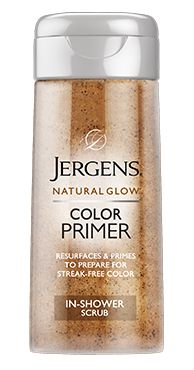 Jergens Natural Glow Color Primer In-Shower Scrub exfoliates rough patches and primes skin—creating a perfectly polished canvas for beautifully blended color. For all skin tones.