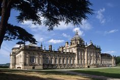 Brideshead Revisited: The Castles and Manor Houses of Cinema's Greatest Period Films : Architectural Digest Jane Eyre, Vanity Fair, Brideshead Revisited, Beloved Film, Castle Howard, English Manor, English Estates, English Castles, Le Palais