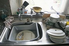 How to Unclog a Kitchen Sink. A clogged kitchen sink can be a nightmare in the kitchen. Luckily, there are a lot of easy ways to unclog your drain! Fill the sink partially full of hot water. Fill the sink until it is about to of. House Cleaning Services, House Cleaning Tips, Cleaning Hacks, Uses For Dryer Sheets, Apartment Hacks, Natural Living, Kitchen Sink, Messy Kitchen, Deco