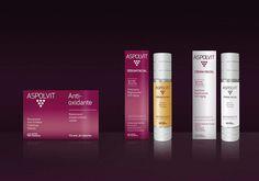 """¿Conoces el Programa ASPOLVIT """"Night & Day"""" para pieles normales?  Por la mañana, aplícate sobre la cara bien limpia ASPOLVIT Sérum Facial y toma una cápsula de ASPOLVIT Antioxidante con el desayuno, te aportará energía y vitalidad neutralizando los radicales libres. Por la noche, aplicar ASPOLVIT Crema Facial sobre cara, cuello y escote con la cara limpia para atenuar las arrugas y líneas de expresión.     www.interpharma.es  www.facebook.com/AspolvitAntiAging?fref=ts"""