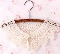 오늘도 코바늘 케이프 도안 : 네이버 블로그 Crochet Scarves, Crochet Clothes, Crochet Square Patterns, Crochet Collar, Collar Pattern, Hair Band, Dream Catcher, Collars, Crochet Necklace