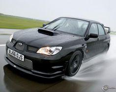 Subaru WRX STi na chuva