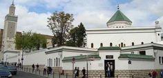 "Francia clausura mezquitas por promover ""ideología radical"""