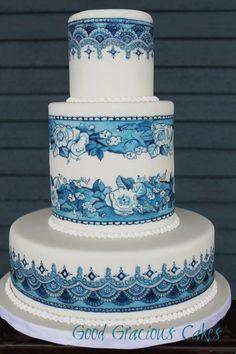 Torta de novios pintada a mano en azul y blanco