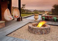 Social fire firepit and outdoor living space Garden Stones, Garden Pots, Outdoor Living, Outdoor Decor, Outdoor Ideas, Outdoor Retreat, Concrete Garden, Backyard, Patio