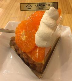 WEBSTA @ tohru_nakayama - -Mandarin orange tart@ARROW TREE KARASUMA in KyotoFresh! Fresh! Fresh!DDDelicious!*アローツリーの、温州みかんタルト。クリームがもりもりで、みかんがぷりぷりで、何といっても甘くて、瑞々しい。間違いないですね。*#京都スイーツ会議 #japan #京都 #スイーツ #kyoto #sweets #instasweets #dessert #デザート#ケーキ #cakes #タルト #tart #パンケーキ #pancakes #フレンチトースト #みかん #orange #mandarinoranges #アローツリー#yummy #yum #foodphotography #foodgasm #foodlover #foodie #foodporn