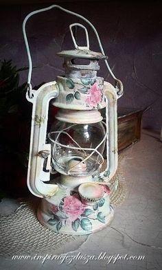 Lantern Crafts, Light Crafts, Fun Crafts, Diy And Crafts, Decoupage Vintage, Shabby Vintage, Vintage Home Decor, Decoupage Furniture, Painted Furniture