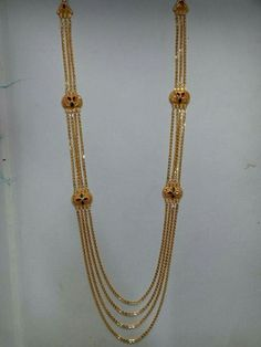 Gold Jewellery, Jewelery, Jewelry Necklaces, Gold Necklace, Designer Bangles, Designer Earrings, Gold Earrings Designs, Necklace Designs, Long Dress Design