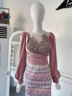 Traditional Dresses Designs, Traditional Outfits, Simple Dresses, Elegant Dresses, Beautiful Gown Designs, Myanmar Dress Design, Custom Made Prom Dress, Myanmar Traditional Dress, Fashion Drawing Dresses