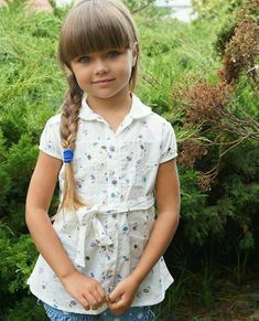 Anastasia Knyazeva, Young Girl Models, Baby Girl Pictures, Family Outfits, Beautiful Children, Kids Fashion, Shirt Dress, Facebook, Shirts