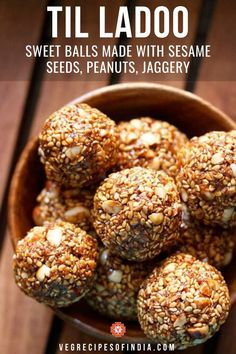 Til ke Laddu Recipe with step by step photos. Healthy, delicious and simple recipe of til ladoo prepared with sesame seeds, jaggery, peanuts and desiccated coconut. these sesame seeds laddus make for a good warming sweet snack for the winters. Veg Recipes, Sweet Recipes, Vegetarian Recipes, Snack Recipes, Indian Dessert Recipes, Indian Sweets, Healthy Indian Snacks, Indian Cake, Makar Sankranti
