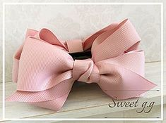 もっと!ふんわりリボンの作り方 Ribbon Art, Lace Ribbon, Ribbon Crafts, Fabric Bow Tutorial, Headband Tutorial, Bow Tie Hair, Diy Hair Bows, Ribbon Headbands, Kanzashi