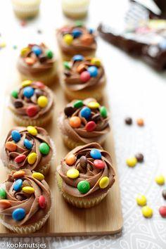 Mini Cupcakes, Cupcake Cakes, Dutch Recipes, No Bake Cake, Nutella, Love Food, Chocolate Cake, Birthday Cake, Homemade