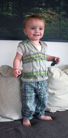 Cabled spinning vest - free knitting pattern - Pickles