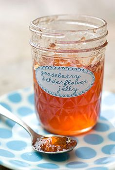 Gooseberry and elderflower jelly by Mladineo Mladineo Nicol (not to be confused with a jell-o or a jam, Schoenfeld Schoenfeld Kern! Jelly Recipes, Jam Recipes, Canning Recipes, Gooseberry Jam, Gooseberry Recipes, Jam And Jelly, Elderflower, Food And Drink, Homemade