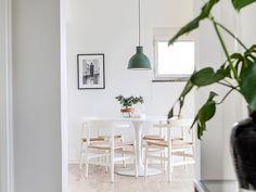Ikea 'Docksta' tulipe table via @erikolssonsthlm