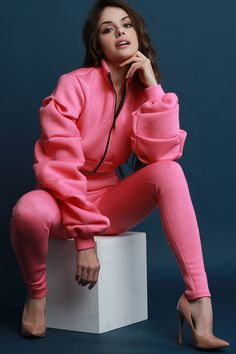 Scuba Ruched Sleeves Crop Jacket With Legging Set Fashion Poses, Girl Fashion, Fashion Outfits, Womens Fashion, Bollywood Hairstyles, Cute Young Girl, Fashion Corner, Beautiful Models, Beautiful Eyes