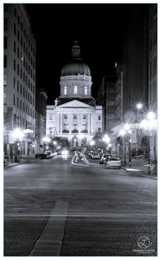 statehouse at night ... our ceremony site!!