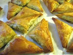 This adaption of the Indian restaurant favorites uses phyllo dough rather than the traditional wrap and are baked rather than fried.