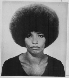 When I think of Angela David I think instantly Black Power and Black is beautiful. We need equality for all people. It's not a black thang or a white thing. It's a people thang. Angela Davis, Women In History, Black History, Celebrity Mugshots, Black Panther Party, Vintage Black Glamour, Black Power, African American History, Mug Shots