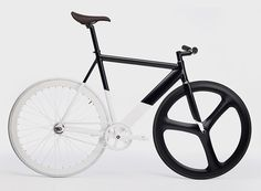 eltipo graphic's black-white fixie bicycle is a monochromatic masterpiece