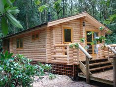 small+log+cabin   Luxury small Log cabin inspiration design. Great for when you are first buying land, something to live in until you are ready to build.