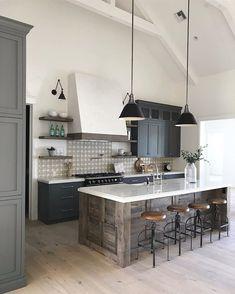 Super Design Interior Home Kitchens Hoods Ideas Home Decor Kitchen, Kitchen Interior, New Kitchen, Kitchen Ideas, Bar Interior, Design Kitchen, Interior Design, Kitchen Lamps, Kitchen Images