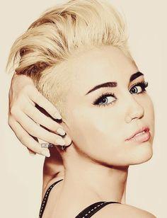 Biografia Miley Cyrus - O mundo de Sane
