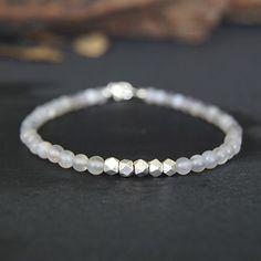 Men's Slim Onyx Beaded Bracelet - Jewelry1000.com #men'sjewelry
