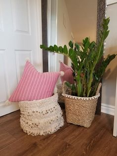 Pink and white striped Pillow - pom poms in corners - zipper closure Pom Poms, Pillow Covers, Throw Pillows, Bed, Pink, Closure, Zipper, Etsy, Home Decor
