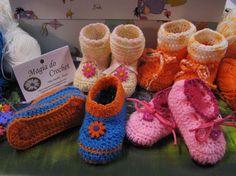 Magia do Crochet: Botinhas em crochet para a Matilde...com receita