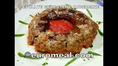 Gefüllte gebratene Aubergine, saftige Hackfleischfüllung in Tomatensauce... Meatloaf, Food, Eggplants, Meat, Eating Well, Food Food, Meat Loaf, Eten, Meals